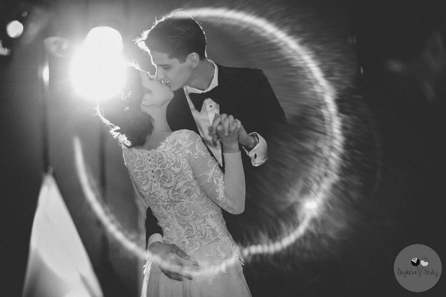 Krótkie nóżki imocne małżeństwo