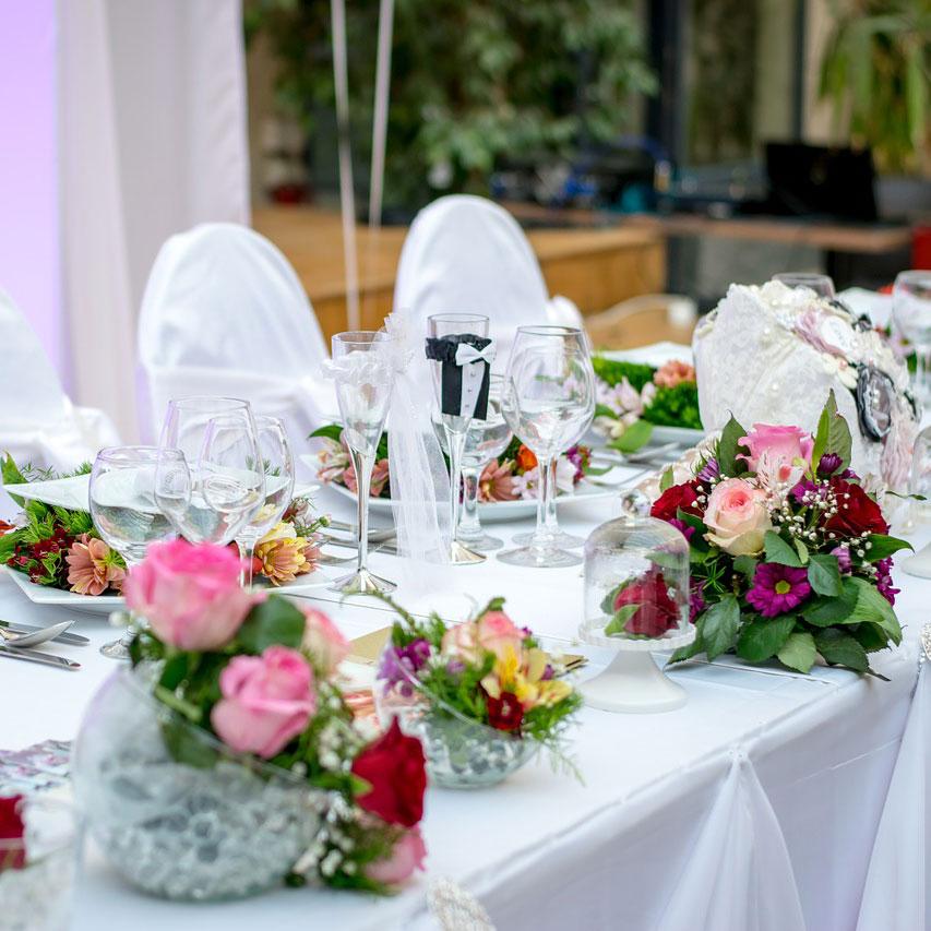Jak ułatwić sobie realizację wesela?